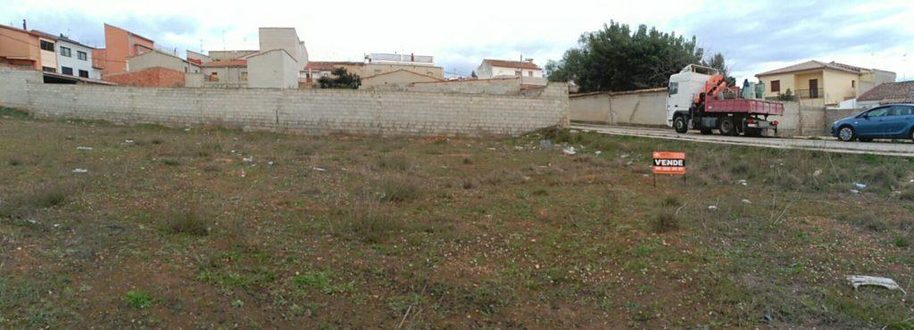 Terreno urbano en venta en Chella 3700m2. Ref. 1073